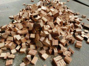 桐タンス修理、桐箪笥から出た廃材2