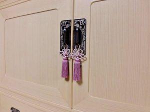 京都府Sさま修理後の桐箪笥、前飾りと伊賀くみひもの房