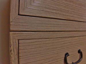 熊本県Hさま修理後の桐箪笥、棚板と引出しの隙間