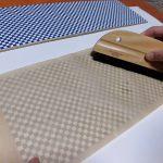 桐タンス修理、引戸の唐紙の張替え1